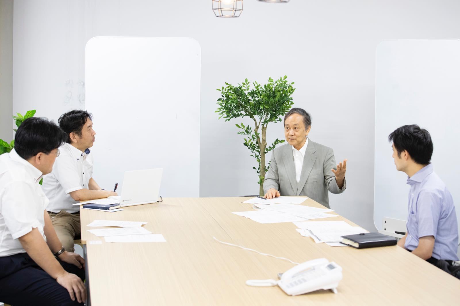 市川宏雄 名誉教授